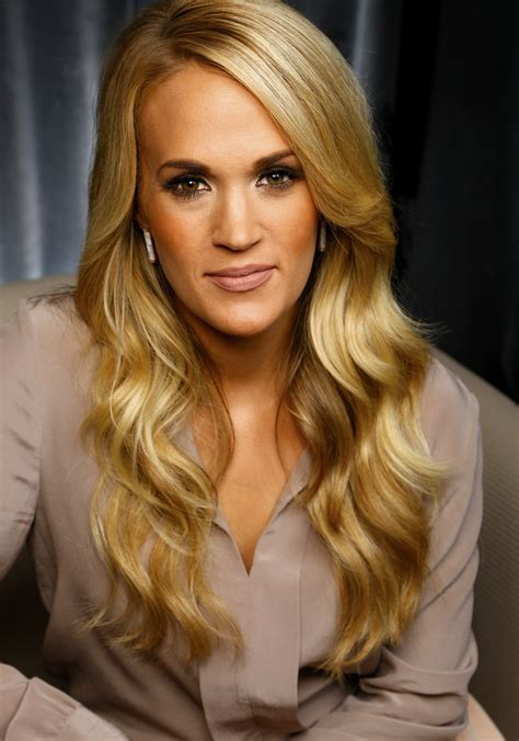 Carrie Underwood has 'mom guilt' about work-life balance