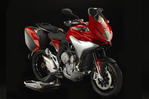 2015 MV Agusta Turismo Veloce 800 Lusso Is a Cool Sport