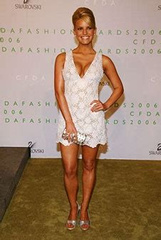Jessica Simpson's Sexiest Style Moments | Glamour