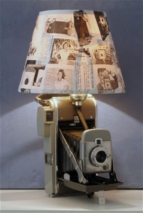Reuse Old Cameras Into Lamps