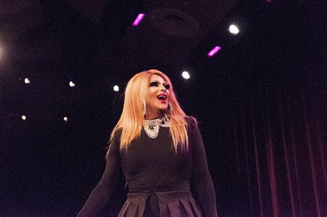 Campus drag show highlights student performers, drag