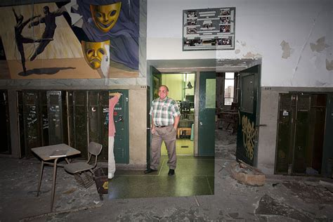 Then-and-Now Photos of Abandoned Detroit School   Bored Panda