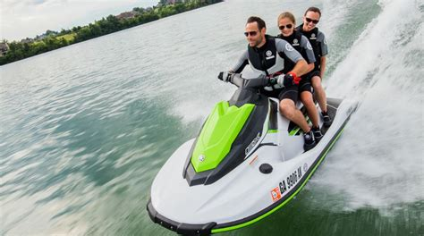 ::Yamaha EX Waverunner:: Specs Review Top Speed Price Images