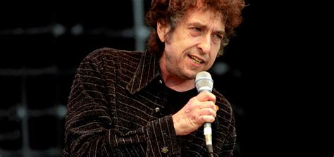 Bob Dylan & Neil Young to Co-Headline British Summer Time