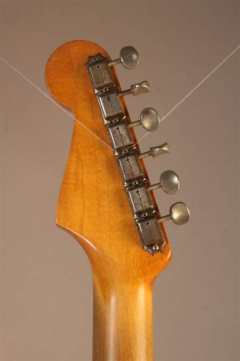 EF8846 Fender 1960 Stratocaster body with 1963 neck 1960-63